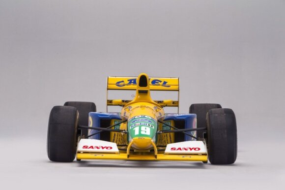 """""""Benetton"""" bolidas, kuriuo 1995 m. lenktyniavo Michaelis Schumacheris"""