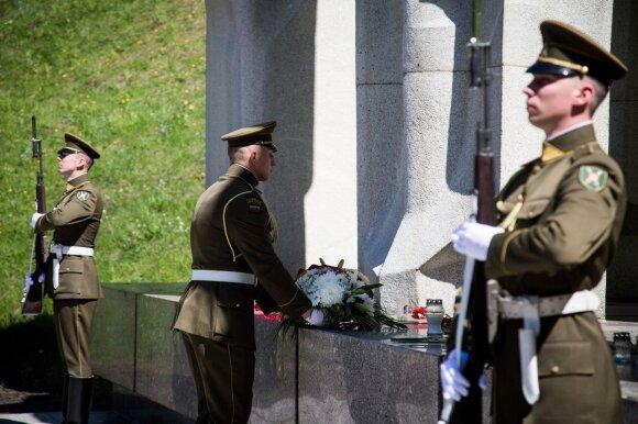 Pergalės diena Vilniuje ir Maskvoje: į akis krenta keli svarbūs skirtumai