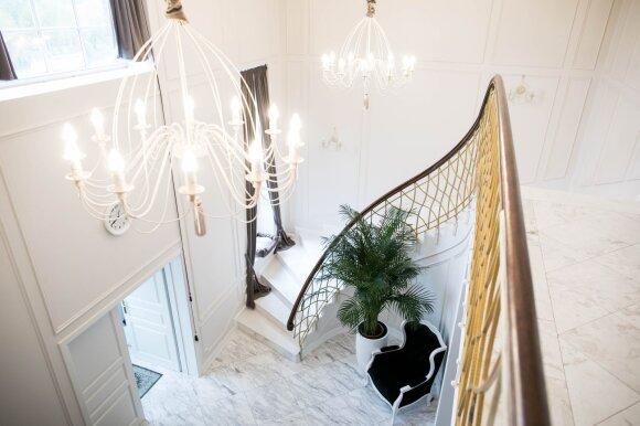 Natalija Bunkė DELFI skaitytojams surengė ekskursiją po naujus namus ir išdavė, kaip sutaupyti bent 50 tūkst. eurų