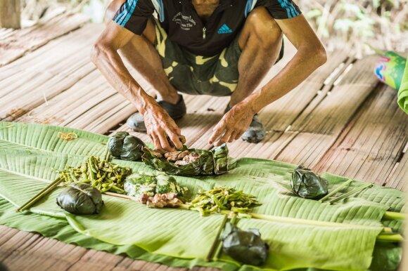 Džiunglių takais: sunku patikėti, kad žmonės taip gyvena XXI a.
