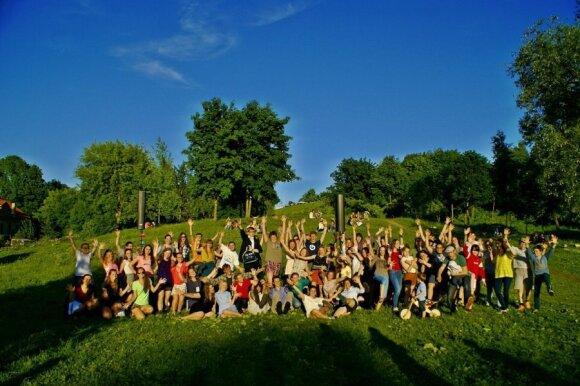 Gražioje Vilniaus vietoje susirinkęs jaunimas surengė <em>įkvėptuves</em>
