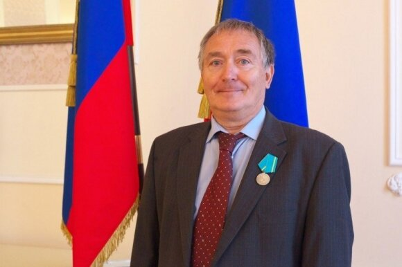 Nemalonumai V. Tomaševskiui: jo partijos ryšiai su Kremliumi peržengia ribas