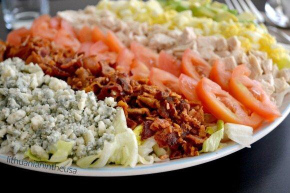 Tikra amerikietiška kombinacija – populiariosios <em>Cobb</em> salotos