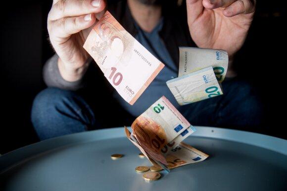 Valstybė 500 milijonų eurų pagalbos išdalijo nežiūrėdama, ar reikia: naudojosi ir įmonės, kurios nebuvo prastovose
