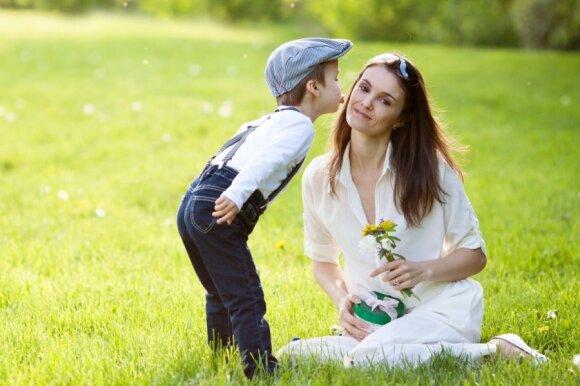 Apklausa parodė, kokių dovanų labiausiai nori mamos: tarp kvepalų bei aksesuarų yra ir vienas netikėtumas