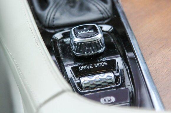 """""""Volvo XC90"""""""