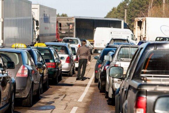 Automobilio amžius gali išduoti, dėl ko kils bėdų techninėje apžiūroje