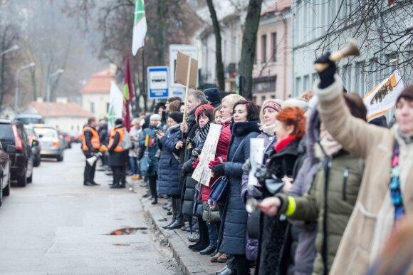 Protestuotojai Skverneliui – jums, premjere, atėjo paskutinis skambutis