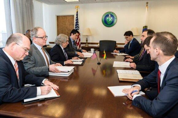 US Secretary of Energy, Dr. Ernest Moniz  meeting Minister of Energy Rokas Masiulis  Photo Ludo Segers