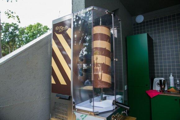 Šokoladiniai kebabai Palangoje