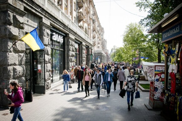 Lietuviai Ukrainoje pateko į kainų rojų: namo grįždavo pilnais maišais, išleidę vos septynis eurus
