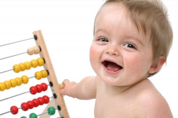 Kaip padėti vaikui pamėgti matematiką nuo mažų dienų