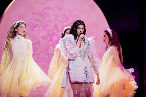 """Pirmasis """"Eurovizijos"""" pusfinalis baigėsi: paaiškėjo, kas keliauja į finalą"""