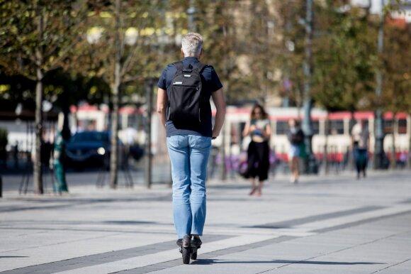 Po paspirtukininko žūties – svarbi žinutė šiems eismo dalyviams: pamirštate kelias taisykles
