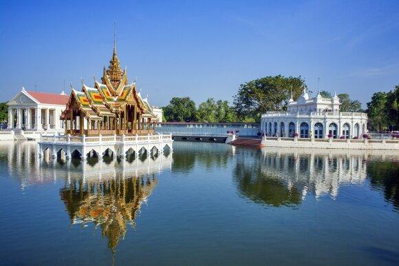 Bang Pa In karaliaus rūmai, Ajutaja, Tailandas