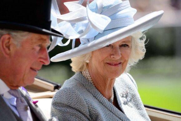 Kornavlio kunigaikštienė Camilla ir princas Čarlzas
