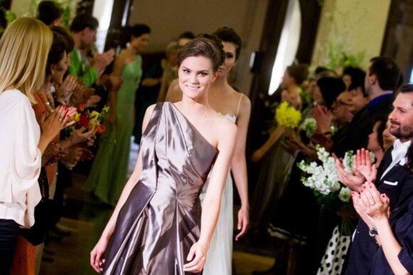 A.Bunikienė pristatė elegantiškų suknelių kolekciją