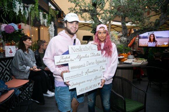 Karolina Meschino ir naujas jos širdies draugas Remigijus oficialiai pirmą kartą pasirodė kartu