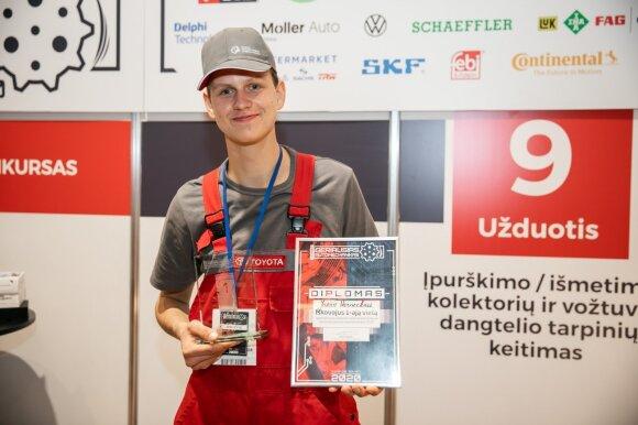 """Konkurso """"Geriausias jaunasis automechanikas 2020"""" nugalėtojas Joris Varneckis"""