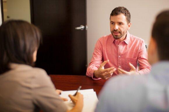 Darbo pokalbis: kaip atsakyti į keisčiausius interviu klausimus?