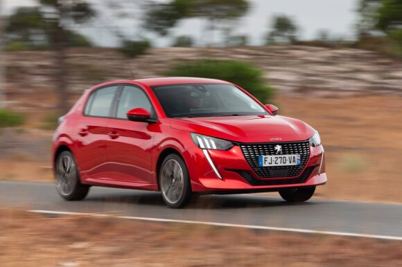 """Naujasis """"Peugeot 208"""" modelis"""