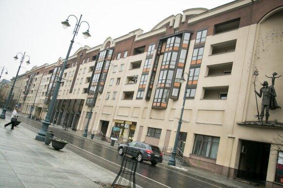 Seimo viešbučio istorijos: Pranckiečio ten laukia 4 kambarių butas, bet jis jame retas svečias