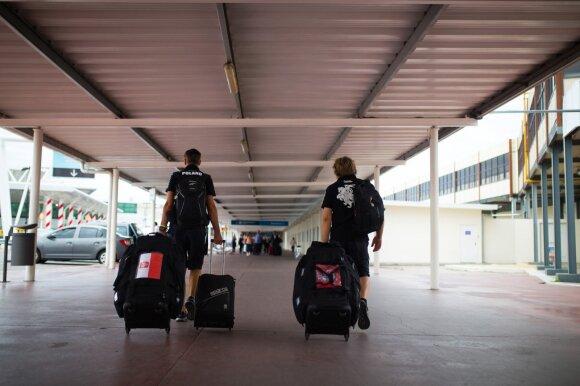 Sebastianui Rozwadowskiui ir Benediktui Vanagui sekmadienį nepavyko išskristi