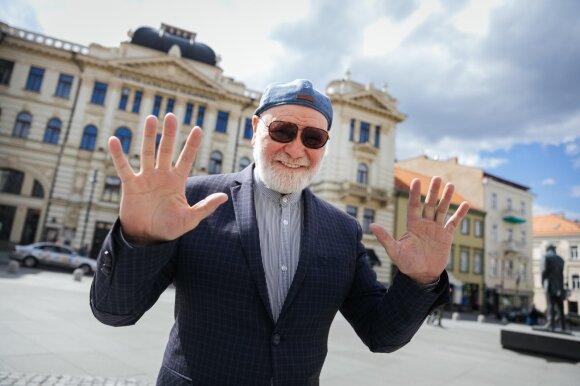 Po 50-ties metų iš scenos pasitraukiantis Vladas Bagdonas: iš Rusijos bėgau nuo koronaviruso