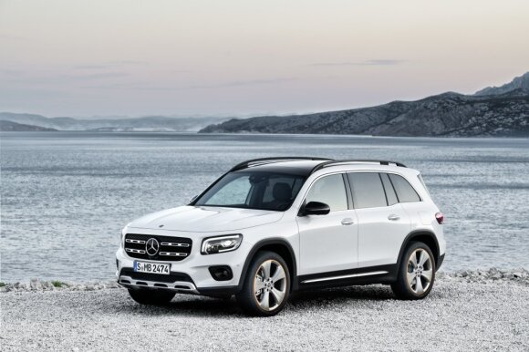 """Mercedes-Benz GLB"""