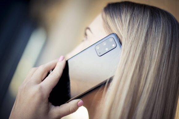 """Pristatytas naujas, ilgai lauktas flagmanas """"Samsung Galaxy S20"""": pamatykite pirmieji, kaip jis atrodo"""