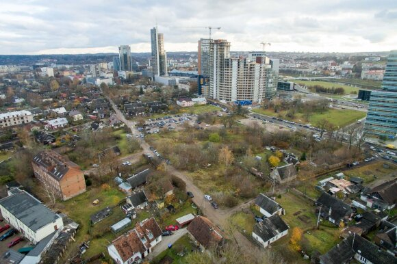 В центре Вильнюса вырастает второй Перкункемис: жители паникуют, а застройщик пожимает плечами