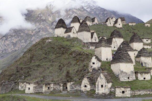 Paslaptingas mirusiųjų miestas, į kurį nukeliauti išdrįsta retas turistas