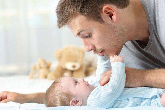 Tyrimas rodo: beveik pusė tėvų, pirkdami žaislą, neatkreipia dėmesio į vieną svarbią detalę