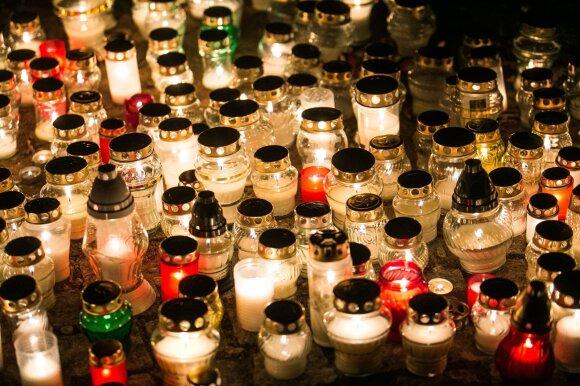 Lapkričio 1-oji Antakalnio kapinėse