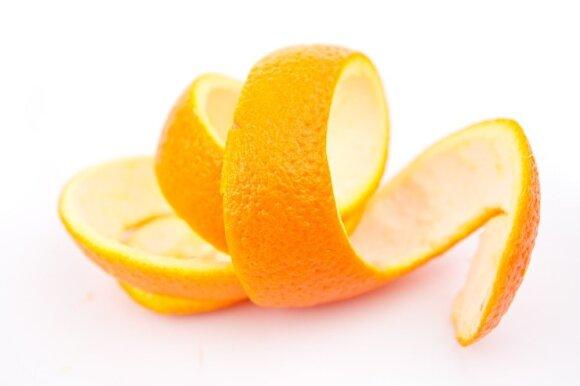 8 priežastys neišmesti apelsino žievelių