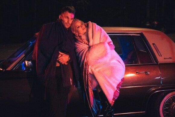 Vaidas Baumila DELFI pakvietė į vaizdo klipo filmavimo užkulisius: karštose scenose – ir modelis Karolina Toleikytė