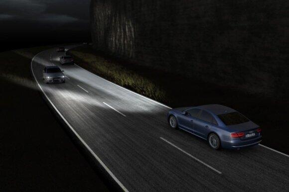 """""""Audi"""" matriciniai LED žibintai"""