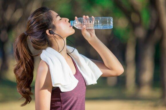 Norite sulieknėti – pradėkite nuo pusryčių: vienas kokteilis ir keli patarimai padės numesti svorio