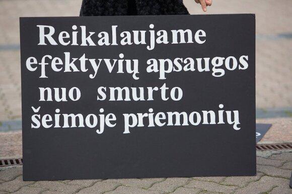 Iškreipta meilė pražudys Lietuvą – gręžiamasi į mokyklas
