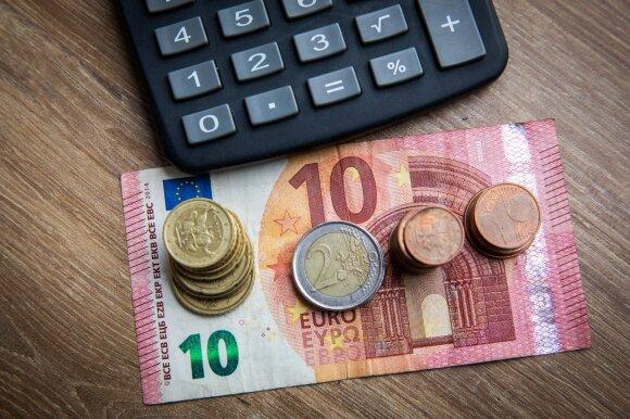 Šimonytės ant premjerės stalo lauks norų sąrašas už 632 mln. eurų