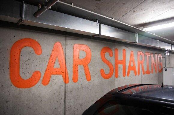 Speciali vieta besidalijantiems automobiliu