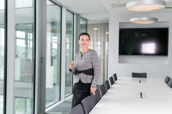 Nauja tendencija: vadovai atsisako atskirų kabinetų