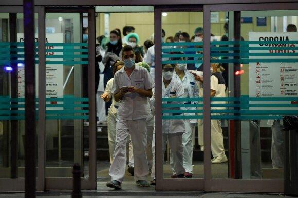 Nuo vaikų atskirtas medikas kreipėsi į policiją, bet pagalbos nesulaukė: nejaugi dėl viruso mes kaip raupsuotieji?