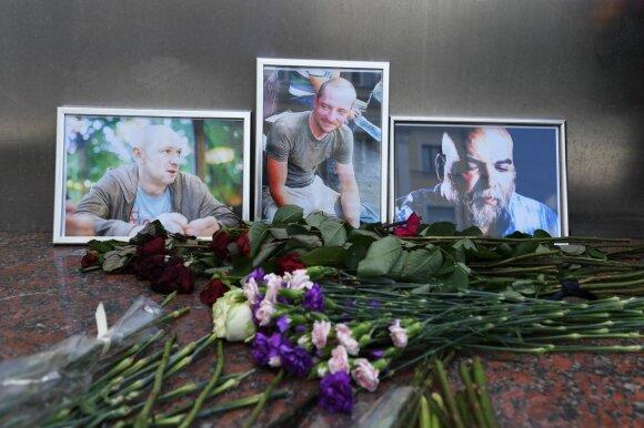 """Gavo išgyvenusio vairuotojo """"liudijimą"""": jis pasakoja neįtikėtinas detales apie """"Vagner"""" veiklą tyrusių žurnalistų nužudymą"""
