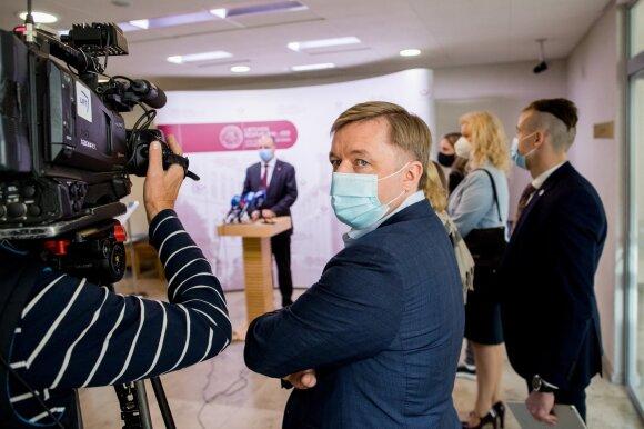 Naujausiuose reitingų sąrašuose – besikeičianti rinkėjų nuomonė: koronaviruso poveikis akivaizdus