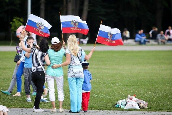 Su V. Tomaševskiu sietas Kremliaus veikėjas įspėjo: palikite Baltijos šalis – jų laukia karas