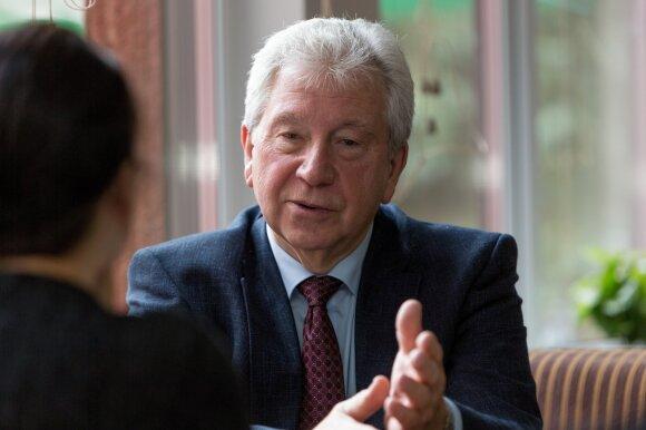 Kapitalizmo pamatus Lietuvoje klojęs Navickas apie keistus sutapimus, bemieges naktis ir trigalvį slibiną
