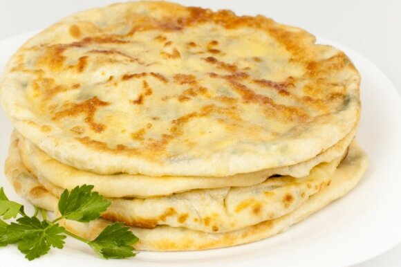 10 kaloringiausių pasaulio patiekalų skirtingose šalyse