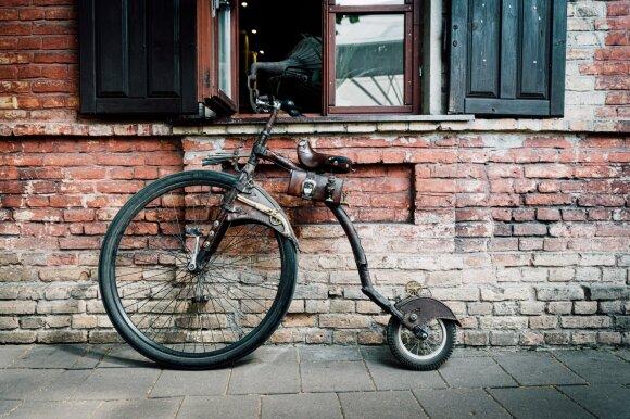 Donatas Dubauskas ir jo dviratis