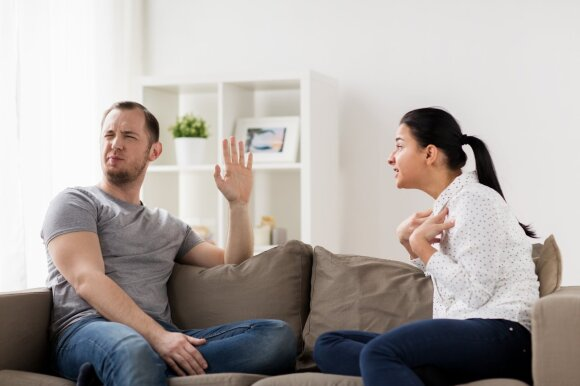 Dviejų tipų vyrai, su kuriais santykių geriau nekurti: psichologė perspėja apie nenuspėjamas pasekmes
